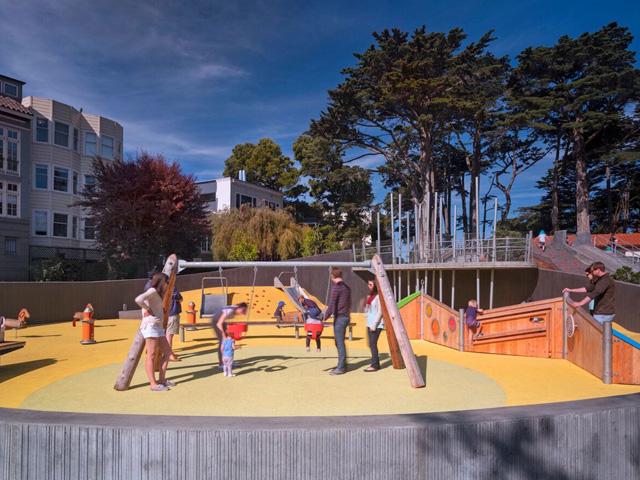 Aνασχεδιασμος μιας παιδικης χαρας στο San Francisco