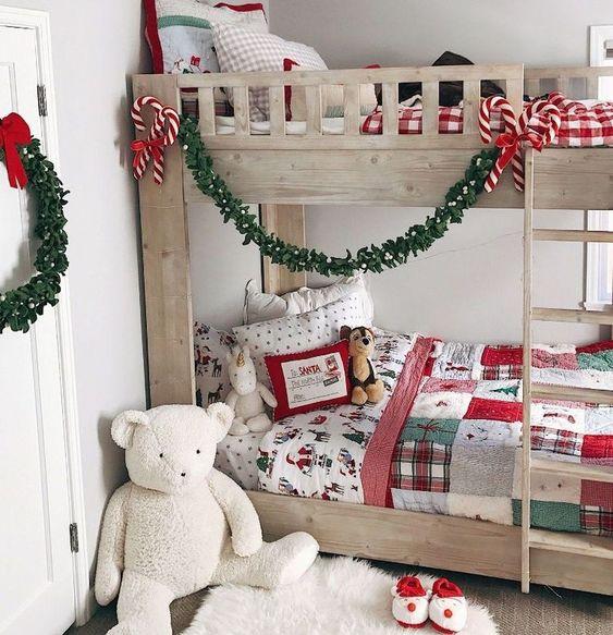 Πως με 4 κινησεις κανουμε γρηγορα & ευκολα τη χριστουγεννιατικη διακοσμηση στο παιδικο δωματιο!