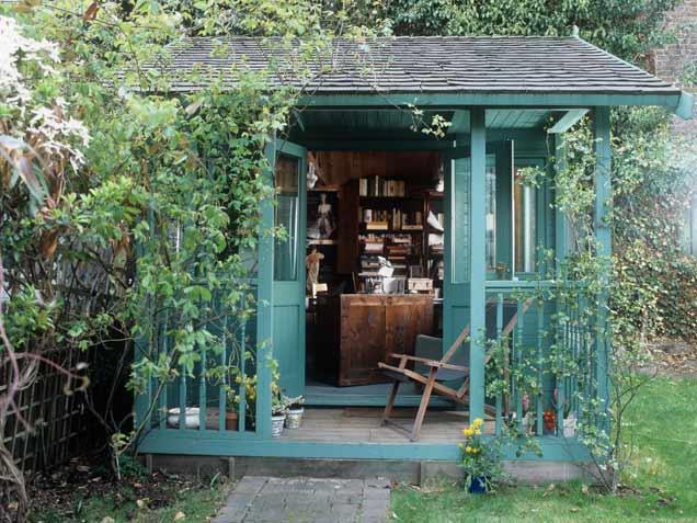 Το μικρό καταφύγιο στον κήπο